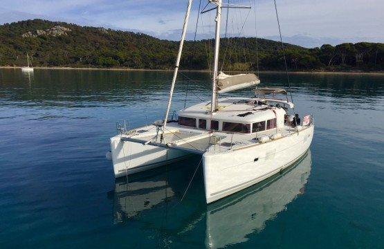 Location Catamaran